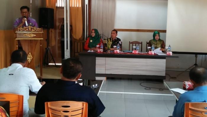 Wakil Wali Kota Payakumbuh, Erwin Yunaz, saat membuka Sosialisasi Bantuan Keuangan Kepala Parpol se-Kota Payakumbuh, di Bakinco Resto, Payakumbuh Barat, Kamis (9/8/2018).