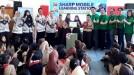 SHARP Greenerator Ajarkan Pembuatan Lubang Biopori di SDN Julang