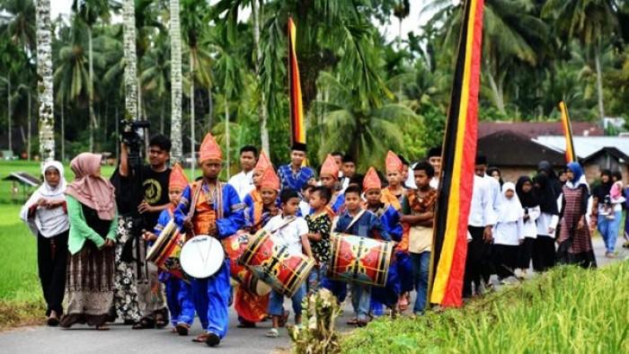 Pemerintah Nagari Garagahan, Kecamatan Lubuk Basung, Kabupaten Agam, akan menggelar Festival Tambua Tansa, seperti disampaikan Ketua Pelaksana Festival, Advensia Bima, Rabu (29/8/2018).