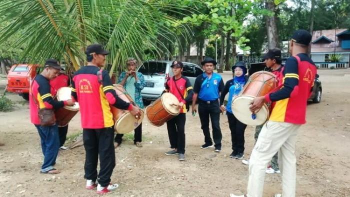 Grup Tambua Tansa Kelompok Siaga Bencana (KSB) Nagari Balingka, Kecamatan IV Koto, Agam, turut memeriahkan acara Pembukaan Jambore Pengurangan Risiko Bencana (PRB) V tingkat Sumatera Barat, Selasa (4/9/2018) di Pantai Caroline Teluk Kabung, Kota Padang.