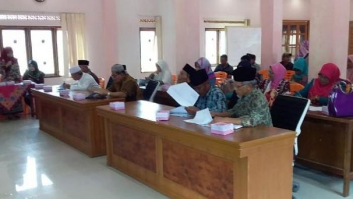 Nagari Cingkariang, Kecamatan Banuhampu, Agam, menggelar Musyawarah Rencana Pembangunan (Musrenbang) Nagari tahun 2019, Kamis,(13/9/2018) di aula kantor Nagari Cingkariang.