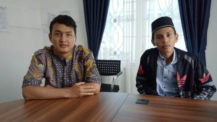 Arif dan Khairul, Selasa (18/9/2018), di Dinas Kominfo Padang Panjang.