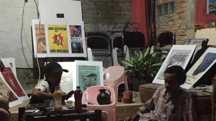 """Persiapan pameran """"Khazanah Pengetahuan Minangkabau dalam Manuskrip dan Karya Intelektual"""