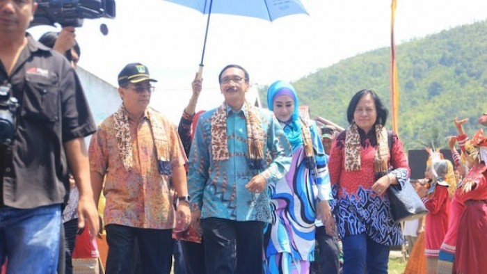 Livestock Expo atau Kontes Ternak 2018 resmi ditutup oleh Gubernur Sumatera Barat, Irwan Prayitno, yang diwakili oleh Asisten II Pemprov Sumbar, Beni Warlis, Sabtu (29/9/2018)di Pantai Sago, Pesisir Selatan.