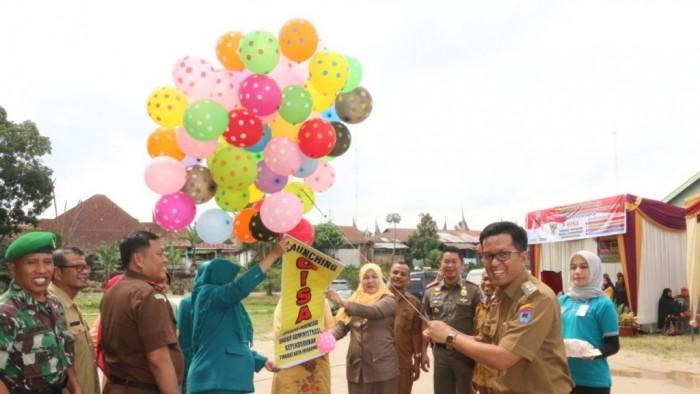 momentum peringatan Hari Kesatuan Gerak (HKG) PKK KB-Kes dan Hari Keluarga Nasional (Harganas) tahun 2018 di Kota Payakumbuh, Disdukcapil Kota Payakumbuh, meluncurkan GISA (Gerakan Indonesia Sadar Administrasi Kependudukan).