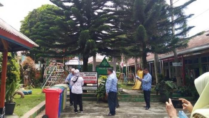 Mengadopsi sebagian sistem penilaian Adipura dan Gerakan Sumbar Bersih dengan beberapa penyesuaian terhadap kondisi kota, Dinas Perkim LH Kota Padang Panjang adakan penilaian tingkat kelurahan.