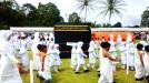 Murid TK Ampek Angkek Ikuti Peragaan Manasik Haji
