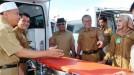 Pemkab Pasbar Serahkan Tiga Unit Ambulan