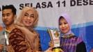 """Menteri Desa PDTT Terima """"Buka! Award 2018"""" dari KI Sumbar"""