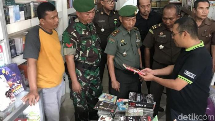 Penyitaan Buku Berunsur PKI di Padang, Pemilik Toko Buku Sempat Perang Mulut dengan Aparat
