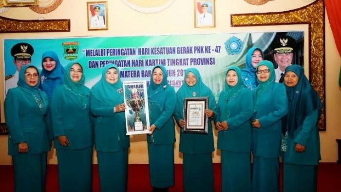 TP-PKK Agam Juara Umum Lomba HKG ke-47 | sumbarsatu com